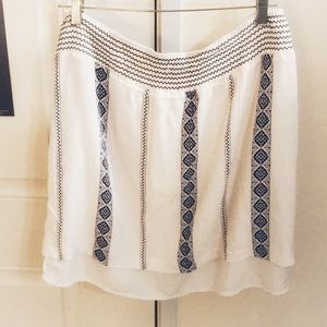 Dress barn Greek style skirt in white and blue XL